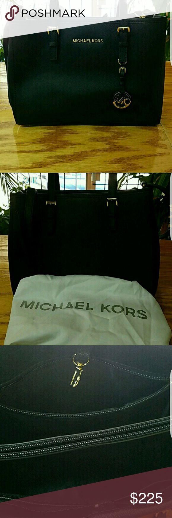 """Gorgeous Michael Kors Bag Size  8"""" X 12"""" Michael Kors Bags Satchels"""