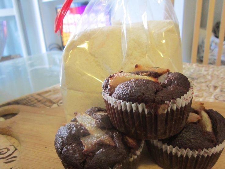 http://blog.giallozafferano.it/acasadellozen/muffin-pere-e-cacao-con-farina-di-riso-integrale/