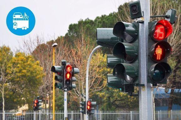 """In Europa sono già presenti da tempo, nel Belpaese, il Ministero dei Trasporti ha pensato bene di consentire l'installazione dei semafori""""intelligenti""""solo ad alcune città metropolitane in via sperimentale. Serviranno?..."""