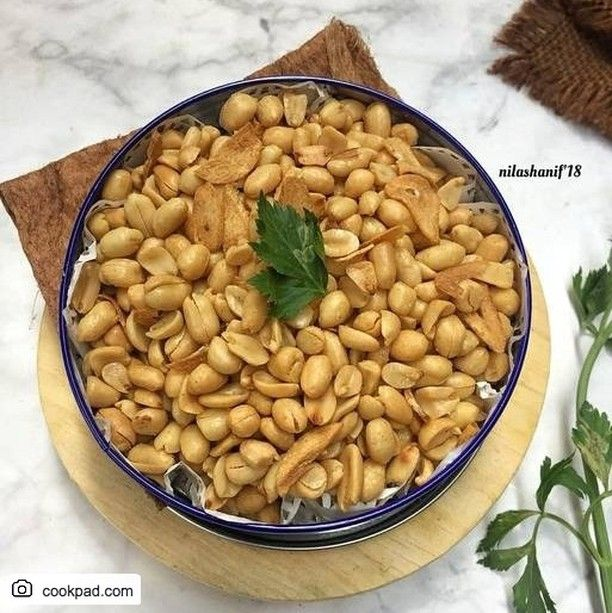 Resep Kacang Bawang Bahan Bahan 1 Kg Kacang Tanah Kupas 2 Bonggol Bawang Putihiris Tipiiis 1 Sdt Kaldu Bubuk 1 Sdt Garam Sedik Food Food And Drink Vegetables
