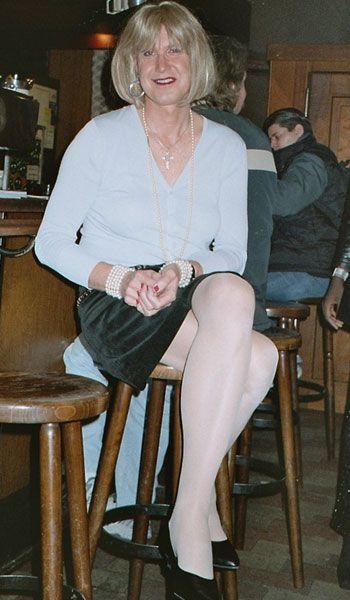crossdressing in public