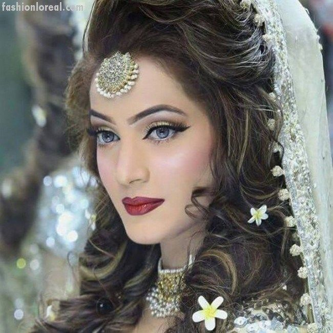 indian party hair styles 17 best ideas about indian wedding hairstyles on 7122 | 1f66ac29159511ebc6ff62ebe13debed