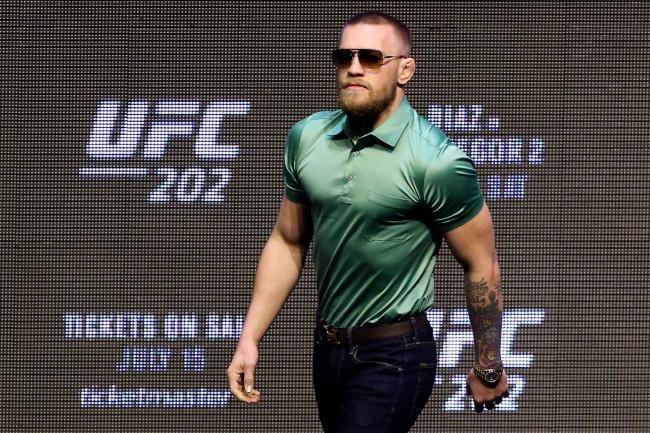 Amir Khan Wants Conor McGregor UFC Fight to Prove He's a 'Real Man'   Bleacher Report