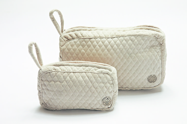 FLORENCE DESIGN velvet make-up and toilet bags with golden florence coin!