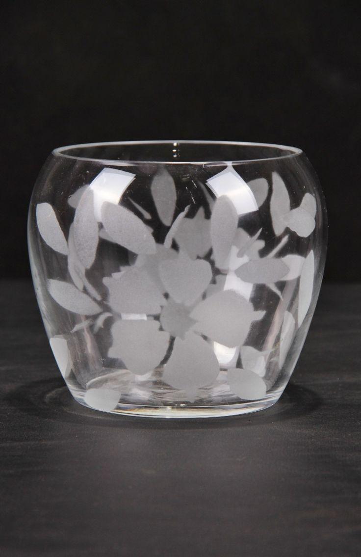 Aprenda a fazer falso jateado em vidros                                                                                                                                                                                 Mais