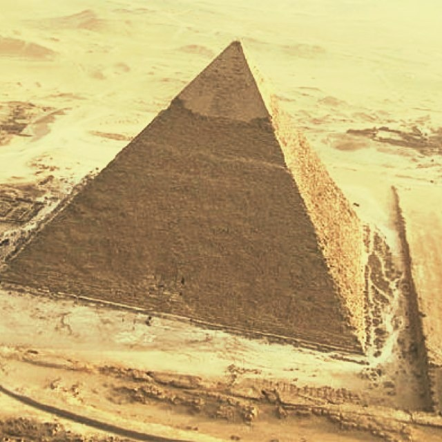 Photopoll: The pyramids from above!