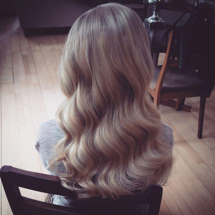 Vintage hair, wavy hair, wedding hair, bridal hair, long hairstyles, curly hair, vintage,