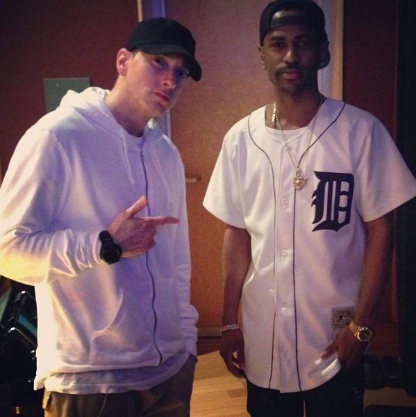 CANDIDS: Eminem & Big Sean + Vintage Eminem & D-12 Freestyle On Tim Westwood