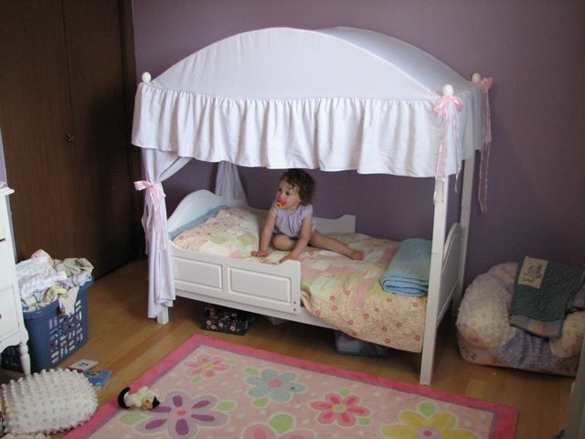 Toddler Canopy Bed : TODDLER CANOPY BED  One Step Ahead 2-In-1 Canopy Toddler Bed Reviews ...