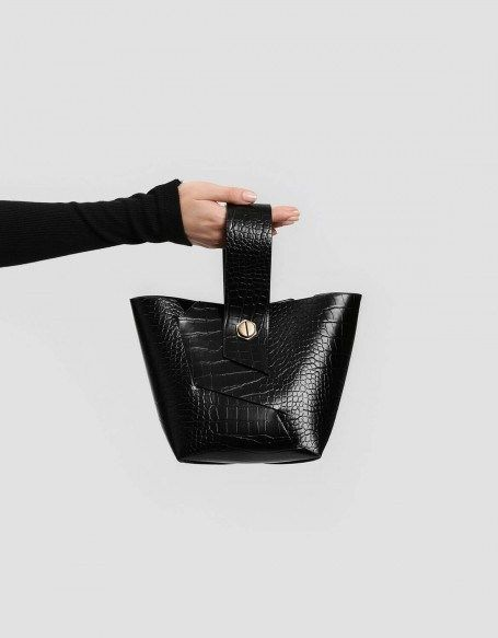 b831c4dac99 Charles & Keith Bucket Bag Black Wristlet Handle #bucketbag #bags  #basketbags #leatherbags #crocbag #bag #shopthelook #shopstyle #chicstyle  #parisienne ...