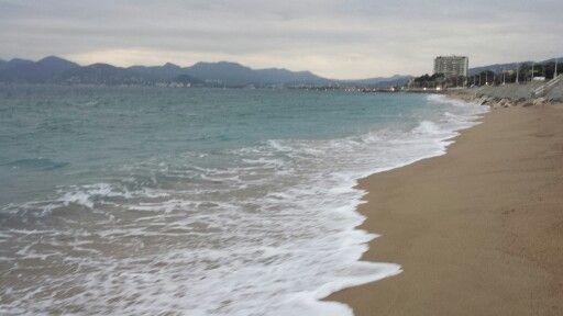 Längs stranden!