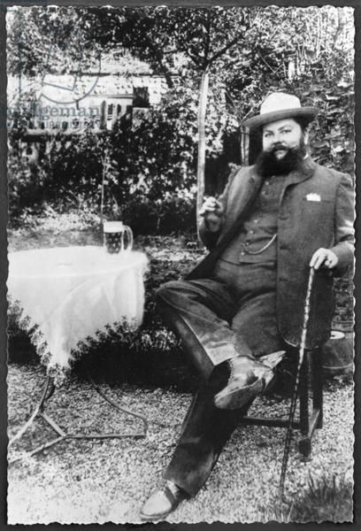 Madame Clementine Delait (1865-1939) dressed as a man, 1901 (b/w photo) - Genetisch een vrouw, maar toch een baard (en gekleed als man)