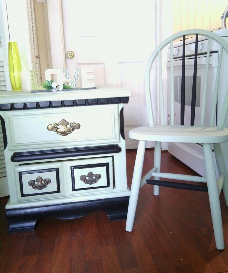 Vintage Nightstand With Chair Furniture Set Green Black Wood