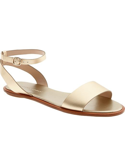 82a06497f39d Perfect simple gold sandals.