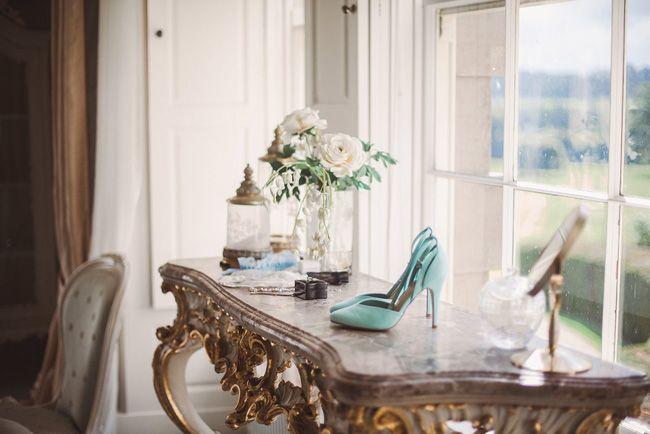 Beautiful English Country Garden wedding inspiration with Nichola Morton Photography (1)