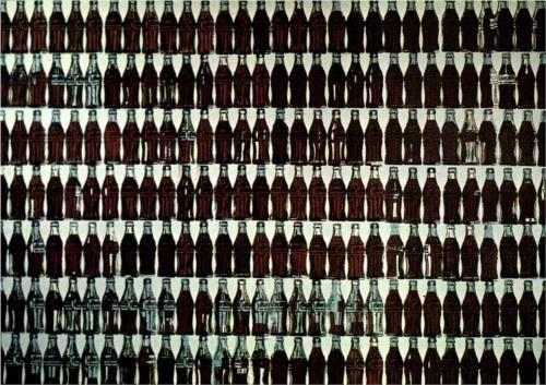 -Green Coca Cola Bottles -Andy Warhol -1962 -Encre et acrylique sur linge -Localisation ? Biographie: Andy Warhol est un artiste américain qui appartient au pop art né en août 1928 à Pittsburgh et mort en février 1987 à New York.  Avec Roy Lihchtenstein, c'est l'un des innovateurs du mouvement. Warhol est généralement reconnu comme l'un des artistes les plus connus du XXe siècle. Son travail consiste à critiquer la société de consommation.