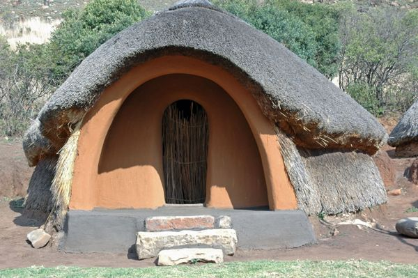 photos / Basotho Hut.jpg