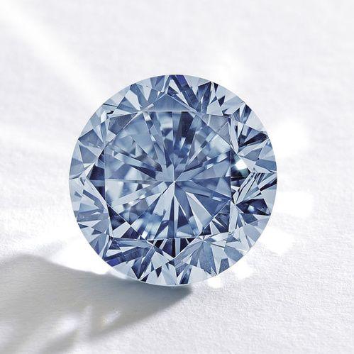Diamonds stones Hope Diamond Star of the East Taylor Burton Diamond Winston Legacy Diamond diamant Wittelsbach | Vogue Paris