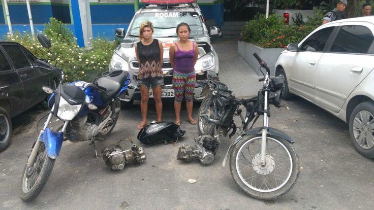 Mulheres/presas/desmanche de motocicleta/bairro Santa Etelvina A Rondas Ostensiva Cândido Mariano (ROCAM) prendeu duas mulheres que estavam com veículos roubados dentro de uma oficina de desmanche no bairro Santa Etelvina, zona Norte de Manaus. Uma denúncia anônima feita por volta das 11h30 desta quinta-feira (09), foi enviada para agentes da viatura 4741. De acordo com as informações, as acusadas estavam em uma oficina de desmanche de veículos localizada na rua 13, comunidade Jardim…