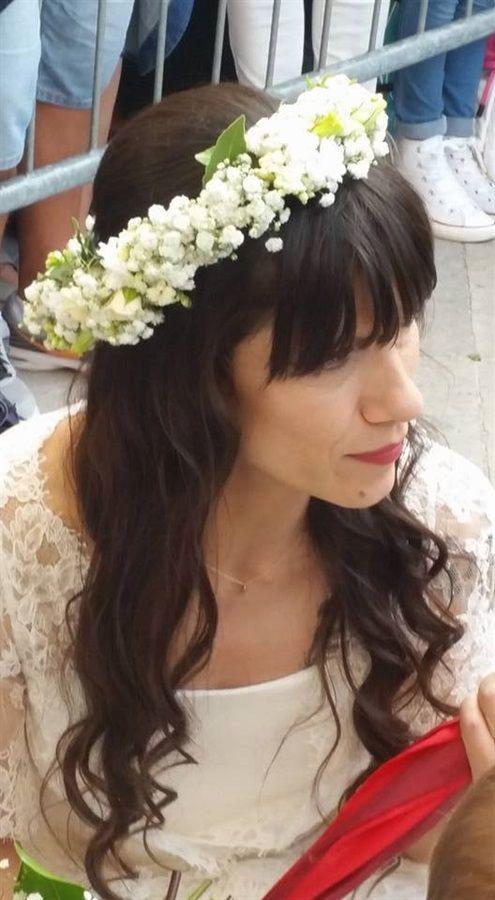 Sabato 5 settembre è stato celebrato il matrimonio di Elisa, nota cantautrice italiana, e Andrea Rigonat, storico fidanzato da 13 della cantante. Boho chic.