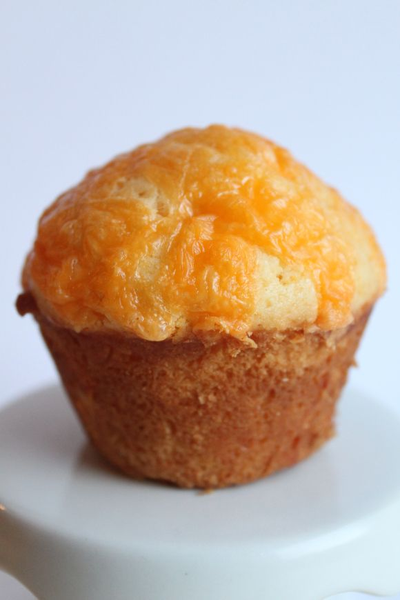 Sweet Cheddar Cheese Muffins