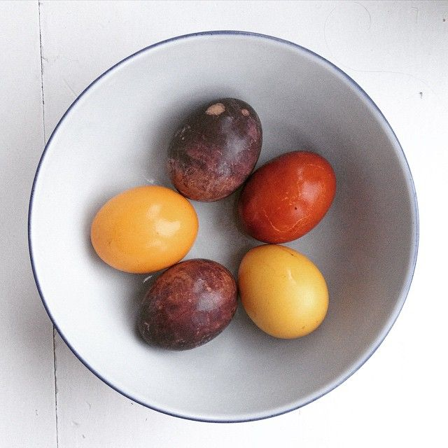 Saving Knots on Instagram - Food dying brown eggs - before we painted them and hunted for them. For the kids.