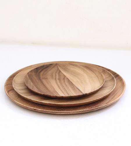 Wooden Plates by Brook Farm General Store. When I was a kid we had wooden plates like these -- coming full circle I would love to have them again!  sc 1 st  Pinterest & 37 best Wooden Dinnerware images on Pinterest | Dish sets Dishes ...