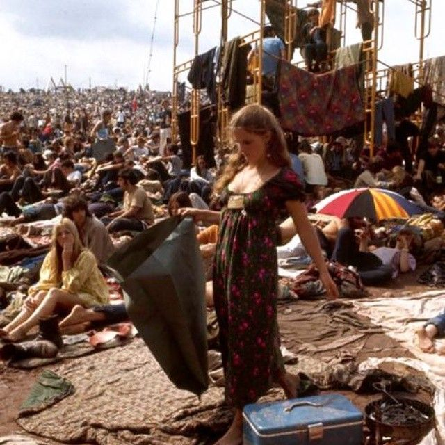 festival woodstock essay Best answer: i have got something you might use, but dont copy it, i wrote it for my dissertation woodstock festival was by far the biggest and the highest promoted event of the 60s.