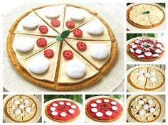A very large and detailed Play felt pizza set by Latte Fragolina.