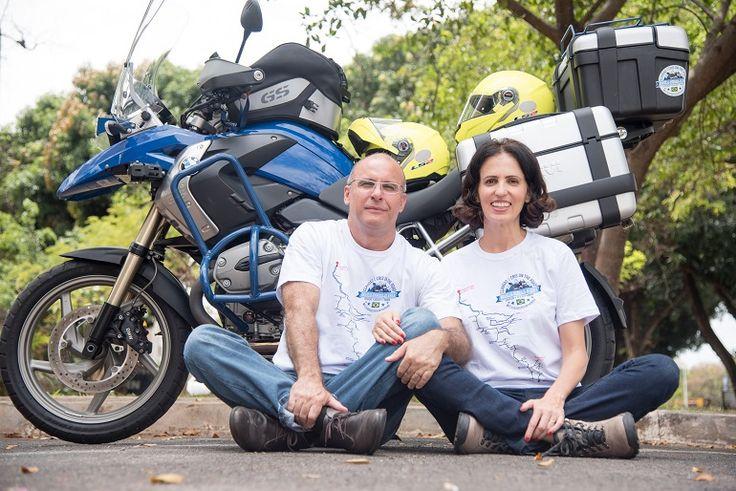 Casal do DF sai de moto para cair no mundo