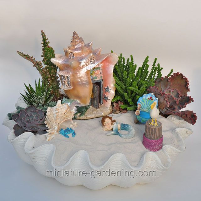 Mermaid W Shellhouse: #fairyhouses