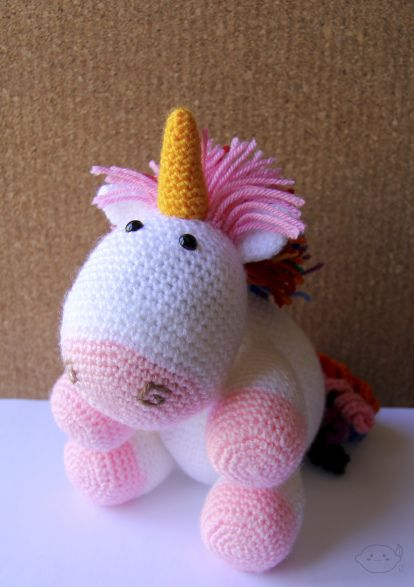 Rainbow Unicorn Pattern - Crochet Amigurumi - #lemonyarncreations #crochet #amigurumi  #unicorn #rainbow #1dogwoof