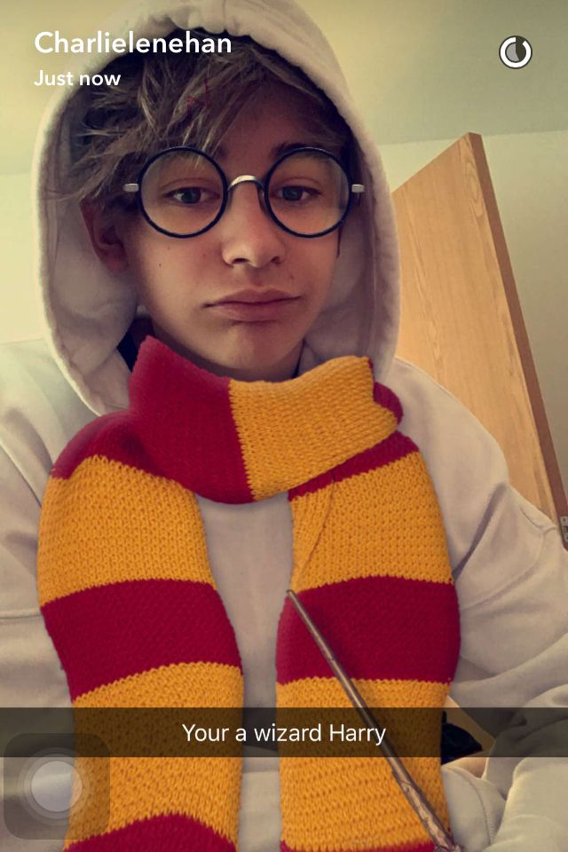 Harry Potter filter snapchat leondre devries Leo lender dopamine bars and melody Charlie lenehan glasses scarf
