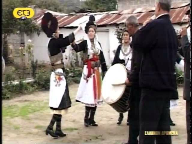 Alexandreia Imathias, #Macedonia #Greece - #Macedonian #dancers in #traditional  #costumes -  ΑΛΕΞΑΝΔΡΕΙΑ ΗΜΑΘΙΑΣ