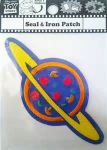 toy story alien pizza planet badge - Yahoo Search Results