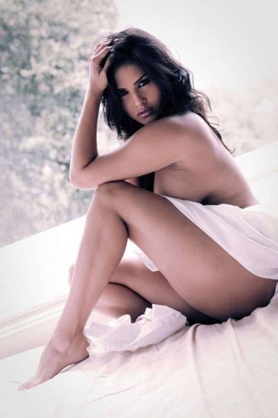 Sunny Leone poses nude for a shoot