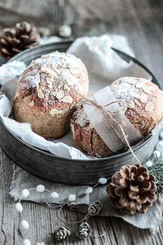 nachdem ich die weihnachtsbäckerei läääängst erledigt habe (ja wirklich, ich bin selber ganz überrascht), habe ich heuer noch ganz viel ze...