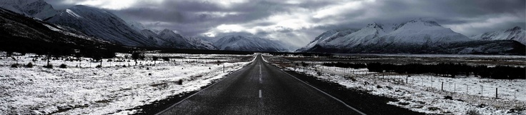 Highway 80 heading into Mt Cook National Park in New Zealand.