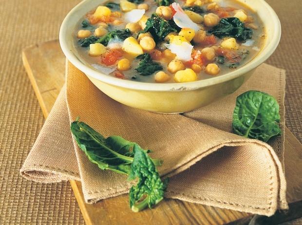 Ricetta minestra di ceci, patate e spinaci - Cucchiaio d'argento