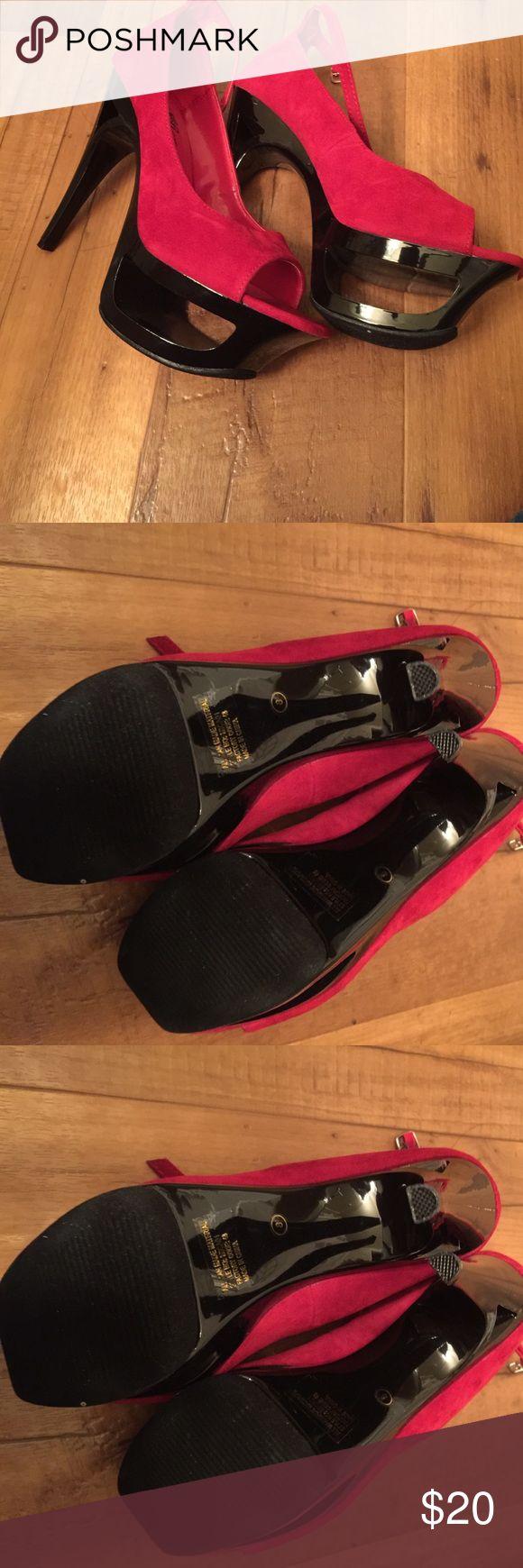 Red Wild Rose 🌹 size 8 Platform Stilettos 👠 Only worn once Red Wild Rose 🌹 size 8 Platform Stilettos 👠 ... wild rose Shoes Platforms
