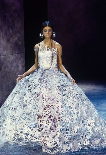 Givenchy Couture Fall 2000.  metallic clothing #dressmaking