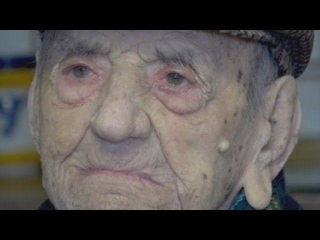 """Zmarł najstarszy mężczyzna na świecie. """"Kiedy wybuchła I Wojna Światowa miał 10 lat"""". Jest jeden powód, dla którego żył tak długo [VIDEO]"""