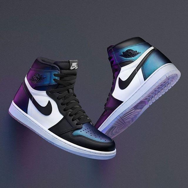 UPDATE The @Jumpman23 Air Jordan 1 'Gotta Shine' now drops in House of Hoops on Saturday & online on Sunday 9am CET in men's & kids sizes #approved #FootLockerEU #Jumpman23 #AirJordan #AllStar  314106378004