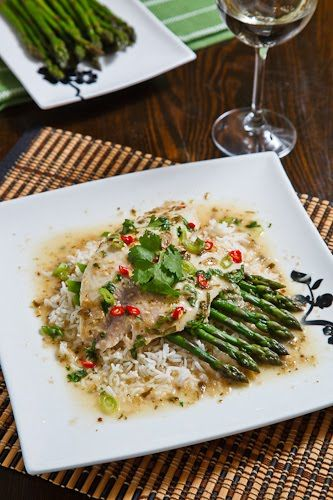 Impress your dinner guests this weekend with this Thai curry tilapia dish! Serve it with asparagus and jasmine rice to make it a full meal.