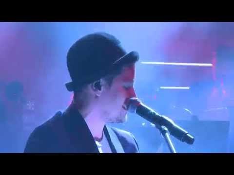 Krzysztof Zalewski i Męskie Granie Orkiestra - Obracam w palcach złoty pieniądz (Męskie Granie 2015) - YouTube