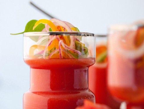 Gelatina di gatzpacho con insalata di peperoni Sale&Pepe