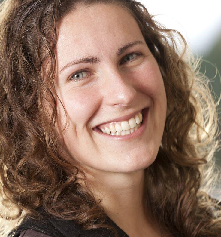 Christine Liebrecht - auteur van Fan-tas-tisch om hier te zijn!