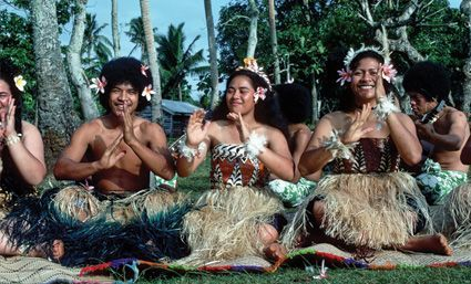La vida selvaje en la isla de Tonga, costumbres, tradiciones, gente y su modo de estar.