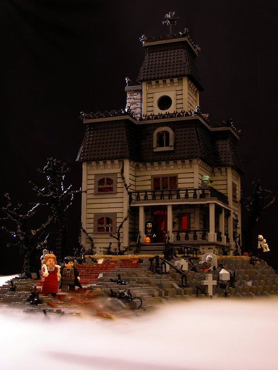 Haunted House! Gotta have this!