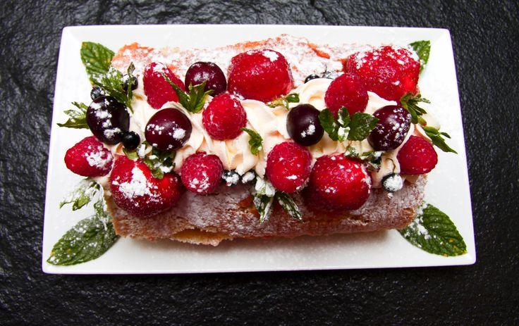 Sensational Summer Fruit Roulade Recipe.